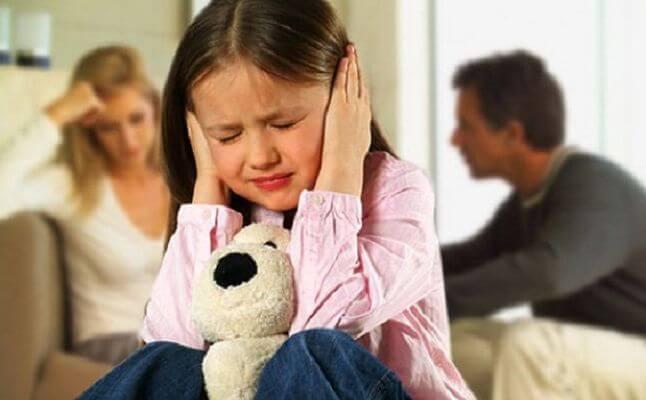 انفصال الاهل يؤثر سلباً على الابناء
